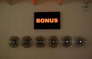 Hans Haacke, Bonus Storm [installation view], 2009